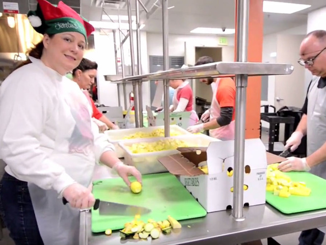 Moveable Feast Feeds locals with HIV/AIDS on Christmas